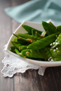 Sweet Garlicky Glazed Snow Peas   A Teaspoon of Happiness