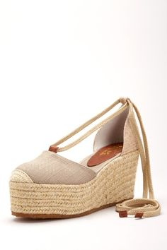Perfect for summer espadrille wedge