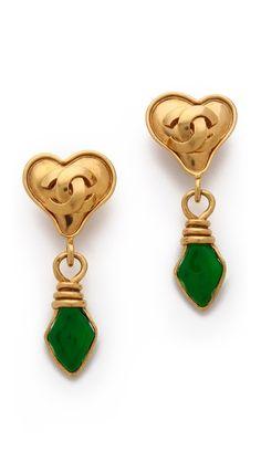 Vintage Change Heart Earrings http://rstyle.me/n/d7875r9te