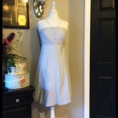 Preppy Gray and White Strapless GAP Dress 6 Tall Excellent Condition With Tags. Please note, this dress is a size 6 tall. GAP Dresses