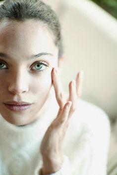 Así se cuida Ana Rujas © Azahara Fernández. Realización: Cristina Malcorra. Maquillaje y peluquería: Ana Pajares.