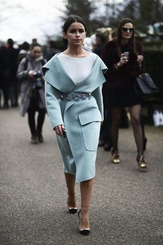 Miroslava Duma in Burberry Prorsum | Paris Haute Couture Spring 2014 | Vogue.es Street Style