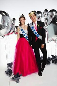 Support #prom royalty and celebrate with your classmates! #PromNation