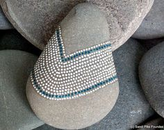 Fleur-de-lis / painted stone / Sandi Pike Foundas / love from
