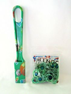 Green Magnetic Wand with 100 Green Chips NEW BINGO PAPER Cards