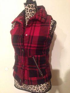 B.b. Dakota Red and Black Buffalo Print Lodge Plaid Check Snap Up Vest Small #BBDakota #Vest