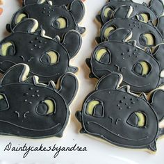 1 dozen Toothless inspired cookies from How to Train your Dragon! Please order at least 2 weeks in advance! At checkout please include; Dragon Birthday Parties, Dragon Party, Boy Birthday, Birthday Ideas, Toothless Party, Toothless Dragon, Toothless Cake, Dragon Cupcakes, Dragon Cookies