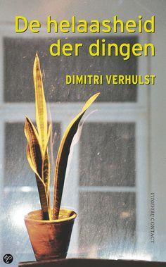 dit is de voorkant van mijn boek. de voorkant is een plant die daar heel zielig staat, daarom heet het boek de heelaasheid der dingen.  de belangrijkste onderwerp in het boek is: alcohol