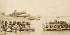 جسر متحرك بين ضفتي قناة السويس عند القنطرة عام 1891
