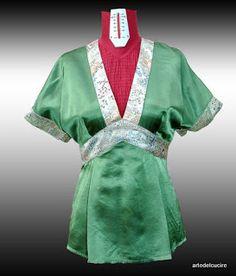 Questo è il colore che preferisco, un bel verde smeraldo sempre di seta con i riporti in fantasia Giapponese