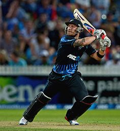 Brendon McCullum blitzed 74 to lift New Zealand to 192 against England in the second T20 in Hamilton