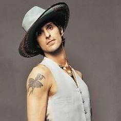 perry farell Perry Farrell, Dave Navarro, Jane's Addiction, Lollapalooza, Man Candy, Good People, Rock N Roll, Crushes, Celebs