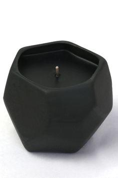 Joya candle - Jasmine absolut & Sugar scented from Nylon Shop