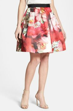 Ted Baker London 'Monny - Rose on Canvas' Full Skirt Sweater Weather, Ted Baker Skirts, Pretty Outfits, Cute Outfits, Estilo Glamour, Floral Print Skirt, Ladies Of London, Classy And Fabulous, Spring Fashion