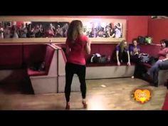 Девушка красиво танцует Бачата - YouTube