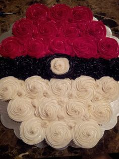 Is your child a Pokemon fanatic? Then a Pokemon Birthday Party is a must. Check out this fun and creative ideas! Pokemon Cupcakes, Pokemon Torte, Pokemon Birthday Cake, 6th Birthday Parties, 10th Birthday, Birthday Bash, Birthday Ideas, Cake Birthday, Baby Pokemon