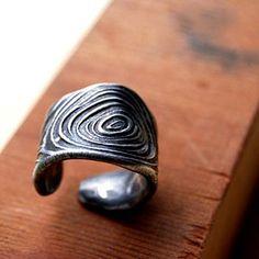 Pewter Adjustable Woodgrain Band Ring