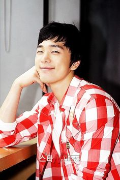 Medical drama Brain lines up male leads Lee Sang Yoon, Lee Sung, Lee Hyun Jin, Dong Yi, Medical Drama, Boy Meets, Asian Actors, Jinyoung, Life Is Beautiful