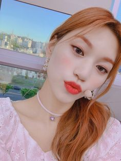 South Korean Girls, Korean Girl Groups, Beautiful Moments, Most Beautiful, Kim Doyeon, Choi Yoojung, Pre Debut, Gfriend Sowon, Unique Faces