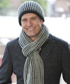 Lass den Nordwind blasen! Die von Ihnen gestrickte warme Mütze und der Schal werden ihn schön warm halten.