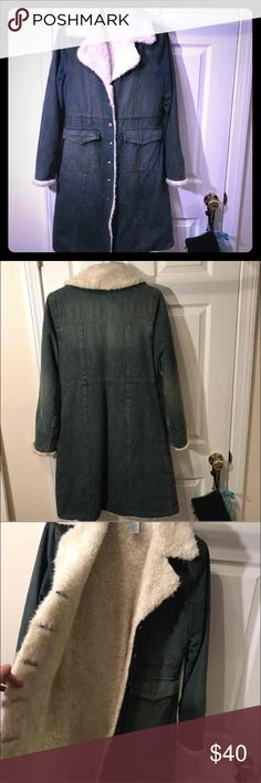 Delia, jean coat Size M Delia denim trench coat, 2 outside pockets, 7 buttons to button up. Really cute! Size M, could probably fit a Size S as well. delia Jackets & Coats Trench Coats