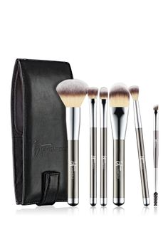 I love these IT Brushes I bought before Christmas travel! They work great and are full size brushes you can use at home after traveling!