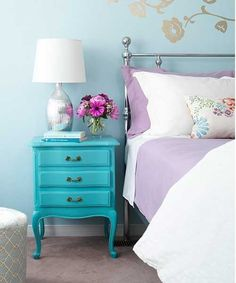 best paint color for walls with purple | bedroom decorating with purple bedding and blue wall paint