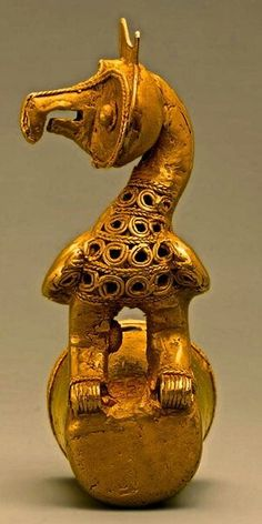 Staff head owl. 5th to  10th century Colombia.