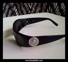 fd65830f0a I have these Versace sunglasses