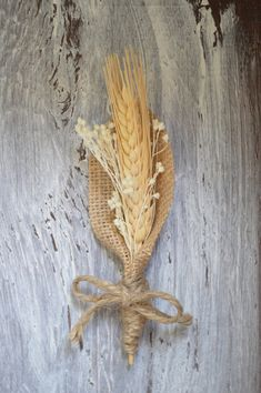 Rustic Burlap Boutonniere, Rustic Groom Boutonniere, Summer Country Wedding, Wheat Boutonniere