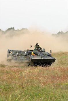 Leopard 2-bergingstank (Buffel) |