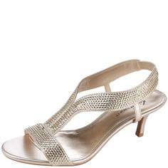 Add some sparkle to your night with this gorgeous dress shoe!