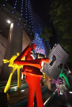 Arts In The City – ION Orchard #Singapore #streetart