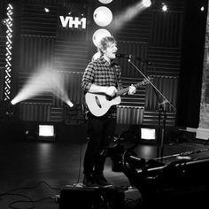 """Inside Ed Sheeran's Insane """"Multiply"""" Day In New York"""