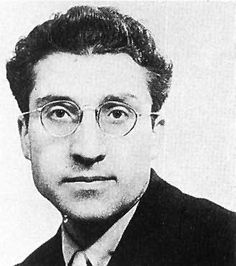 Cesare Pavese (Santo Stefano Belbo, 9 de septiembre de 1908 -  Turín, 27 de agosto de 1950)