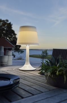 Garden Solar Lighting: Ideas And Tips. Tips and hints, best articles and expert advice about garden solar lights Outdoor Solar Lamps, Outdoor Lighting, Lighting Ideas, Solar Lamp Post, Driveway Lighting, Globe Lamps, Led Light Fixtures, Solar Lights, Solar Panels