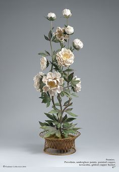 In this post: Antique Porcelain Flowers from Vincennes/Sevres and Meissen April showers bring May (porcelain) flowers! Aren't they beautiful? Even if you aren't into antiques… Polymer Clay Flowers, Ceramic Flowers, Glass Flowers, Faux Flowers, Centerpiece Decorations, Vases Decor, Porcelain Ceramics, Cold Porcelain, Ikebana