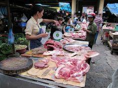Päitä ja häntiä - vietnamilaista lähiruokaa - torilla