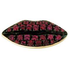 delfina delettrez Ruby Lips Earring (77.395 RUB) ❤ liked on Polyvore featuring jewelry, earrings, honey bee jewelry, lip earrings, bumble bee jewelry, honey bee earrings and ruby jewelry