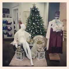 #freelance #visualmerchandising #display #lingerie #clerysdublin #visualsense #departmentstore #christmas #tree