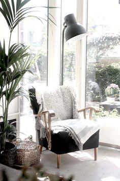 Love my new reading corner / nook in my home - My Scandinavian Home.