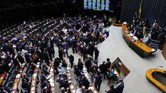 Veja como votou cada deputado federal na sessão de ontem, 13, que excluiu as cervejarias artesanais do regime tributário do Simples Nacional.Divulgue,