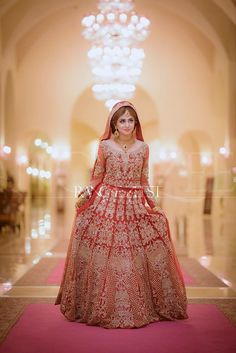 Dulhan Dress, Nikkah Dress, Lehnga Dress, Pakistani Bridal Makeup, Indian Bridal Lehenga, Pakistani Wedding Dresses, Red Lehenga, Muslim Wedding Dresses, Wedding Dresses For Girls