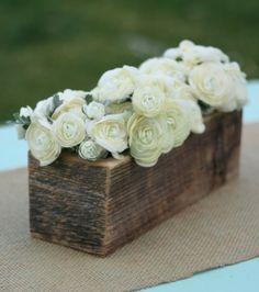 Kreative Ideen zum Selbermachen - originelle Vasen aus Baumstümpfen