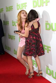 "Bella Thorne at ""The Duff"" Premiere in Hollywood Bella Thorne Instagram, The Duff, In Hollywood, Two Piece Skirt Set, Singer, Actresses, Summer Dresses, Sexy, Backless"