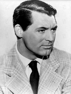 Cary Grant - possibly the only man to make a tweed suit jacket look debonair! A handsome man, younger and older! Old Hollywood Stars, Hollywood Icons, Golden Age Of Hollywood, Classic Hollywood, Hollywood Poster, Cary Grant, Classic Movie Stars, Classic Movies, Becoming An American Citizen