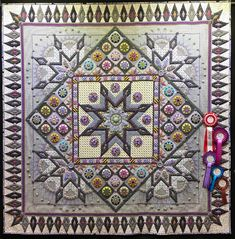 Star Crazy by Catherine Butterworth. Photo by Butterfly Threads: Sydney Quilt Show Handi Quilter, Single Quilt, Butterworth, Favorite Color, My Favorite Things, Medallion Quilt, Traditional Quilts, Applique Quilts, Quilt Making