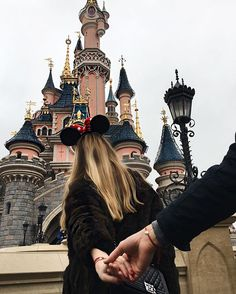 """WEBSTA @ the_caroo - Throwback to my day at Disneyland, missing those times with my boyfriend. We are both wearing @dodojewels bracelets, we never take them off ❤ #morelove #dodojewels'"""""""