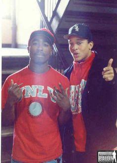Tupac and Yaki Kadafi Hip Hop And R&b, 90s Hip Hop, Hip Hop Rap, Las Vegas Valley, Tupac Shakur, Yaki Kadafi, Tupac Pictures, 2pac Pics, Tupac Makaveli