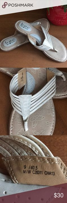 BORN FLIP FLOPS-LIKE NEW! These b.o.c. Born Concept flip flops are a cream colored leather and were only worn once.  EUC (0149918) Born Shoes Sandals